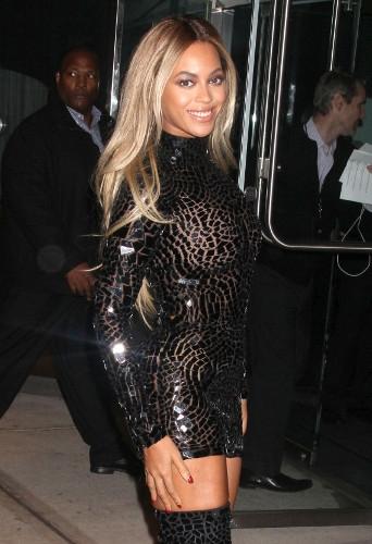 Beyonce kendini aştı galerisi resim 1