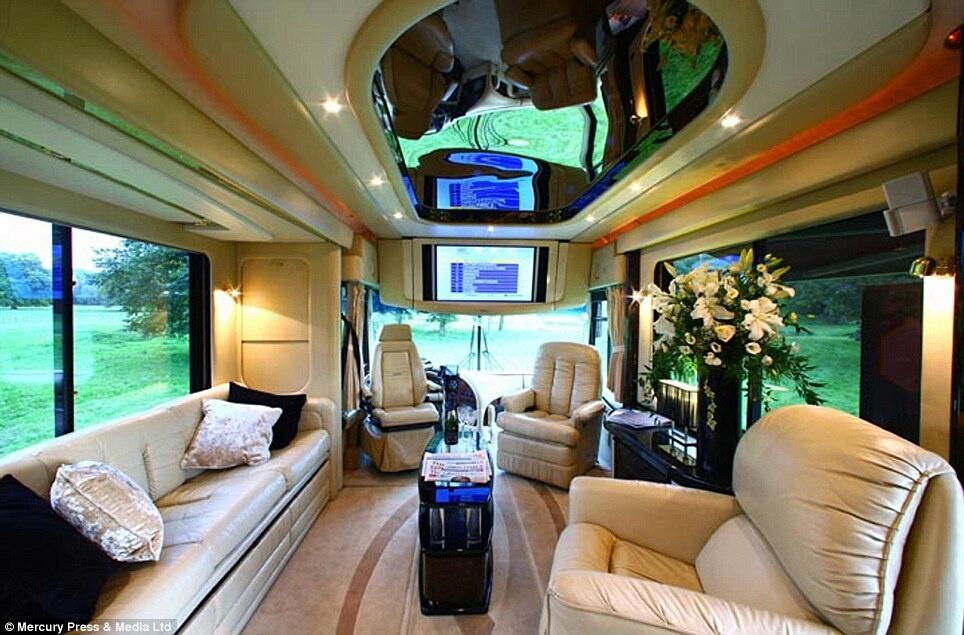 Dünyanın en pahalı otobüsü galerisi resim 2