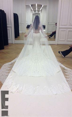 Kim Kardashianın düğününden ilk kareler galerisi resim 1