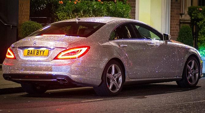 Mercedes'ini milyonlarca swarovskiyle kapladı galerisi resim 1