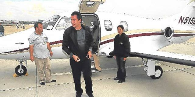 Acun ünlü işadamlarının uçağından aldı galerisi resim 1