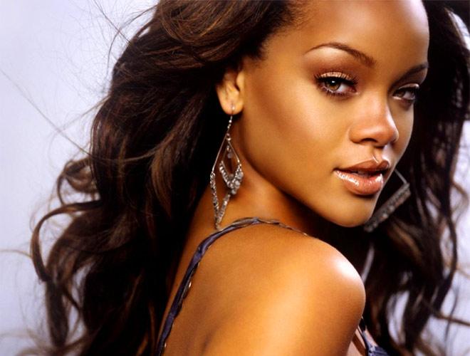 Rihannanın şoför kriterleri