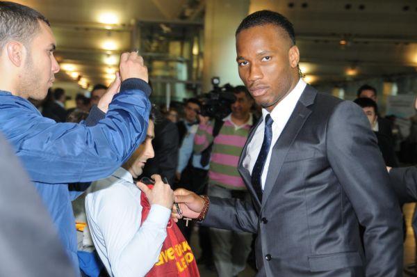 Aslan dev maç için Madride uçtu!