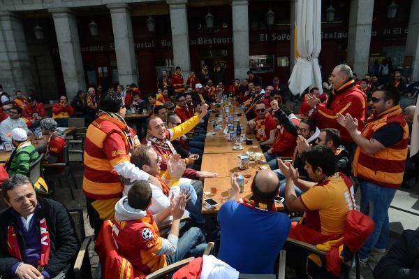 Madrid sokakları sarı kırmızı!