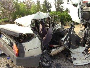 Adanada feci kaza: 3 ölü