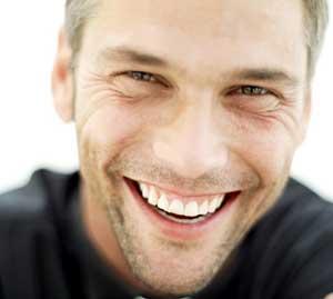 Erkekler kadınlardan daha mutlu