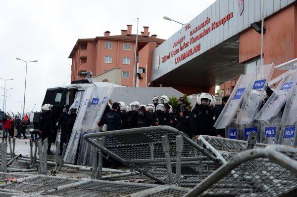 CHPli vekillere Silivri soruşturması