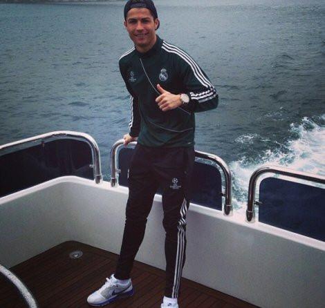Ronaldo boğaz turunda!