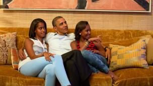 Obamadan kızlarına dövme misillemesi