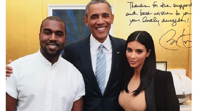 Obamanın sol eli nerede?