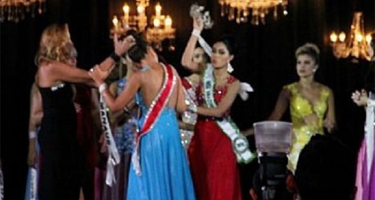 Güzellik yarışmasında skandal!..