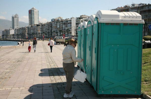 Turistlerin tuvalet çilesi