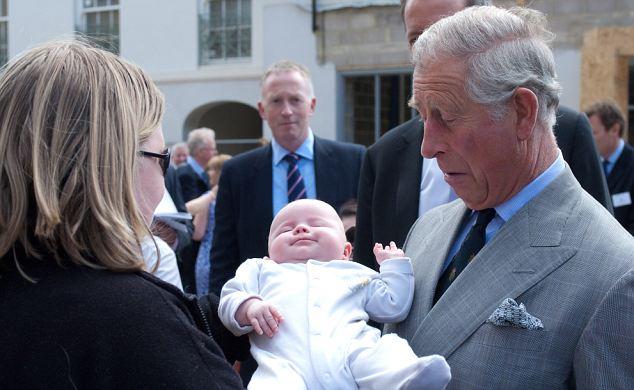 Prens Charles dedeliğe hazır