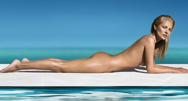 Kate Moss yine çırılçıplak