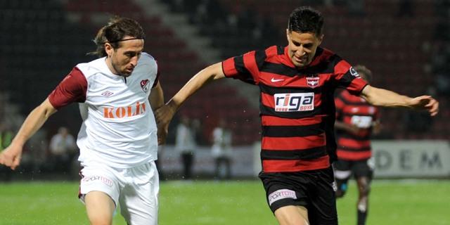 SB Elazığspor ligi garantiledi