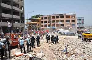 Reyhanlıda protestoya polis müdahale etti