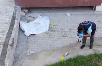Liseli kız 10uncu kattan ölüme atladı