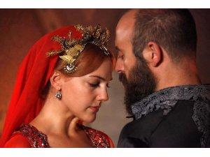 Hürrem Sultanın canından can kopuyor