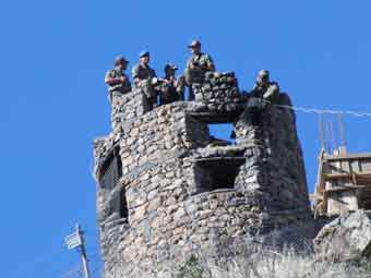 BDPliler Hakkaride karakol inşaalarını protesto etti