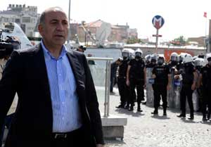 Kılıçdaroğluna Taksim telefonu