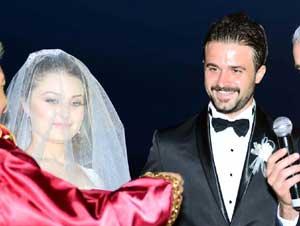 Onur Kıvrak evlendi