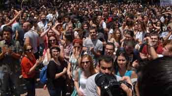 KESKe bağlı yüzbinlerce memur greve gidiyor