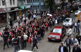Zonguldakta eyleme giden öğrencilerin isimlerin istendi