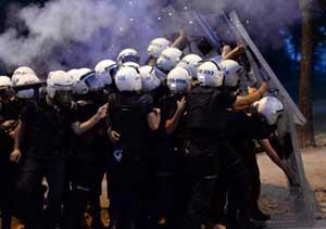 Polisten perişan olduk isyanı