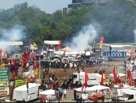 Polis Gezi Parkına girdi