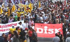 Polisin sert müdahalesi nedeniyle 5 örgüt grevde