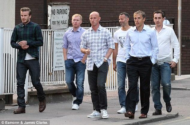 David Beckham ve eski dostlar